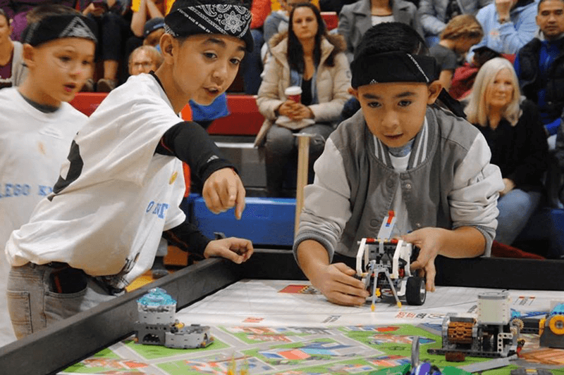 Apple STEM Network Student Robots